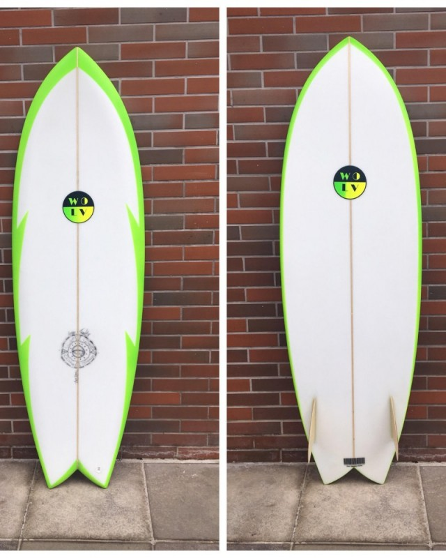 Prancha de Surf Fish Twin Fin 5.8 retro